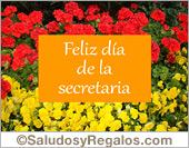 Tarjeta con flores para desear un feliz día