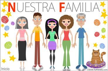 Familia con padres, hija, abuelos y gato