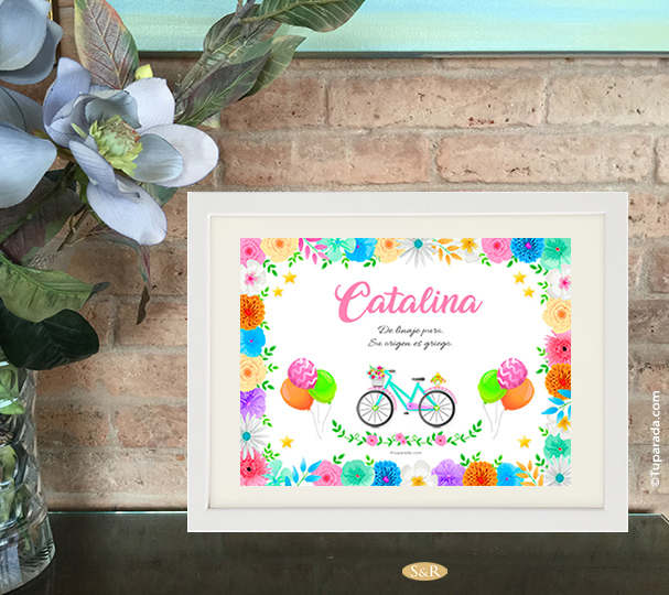 Diseño de nombre con bicicleta y flores