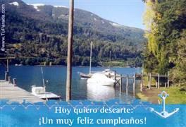 Feliz cumpleaños con paisaje de lago